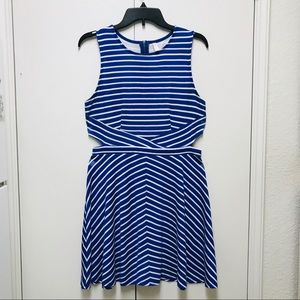 Xhilaration Woman's dress size medium